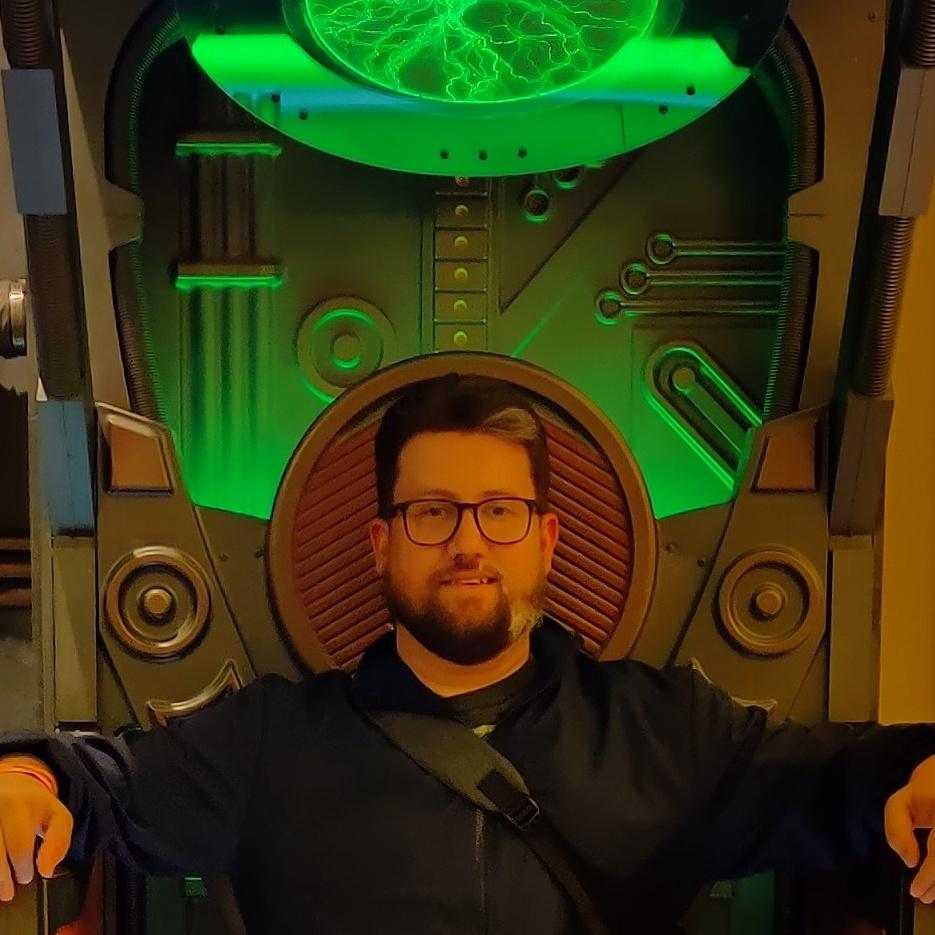 Me in a Borg Alcove.