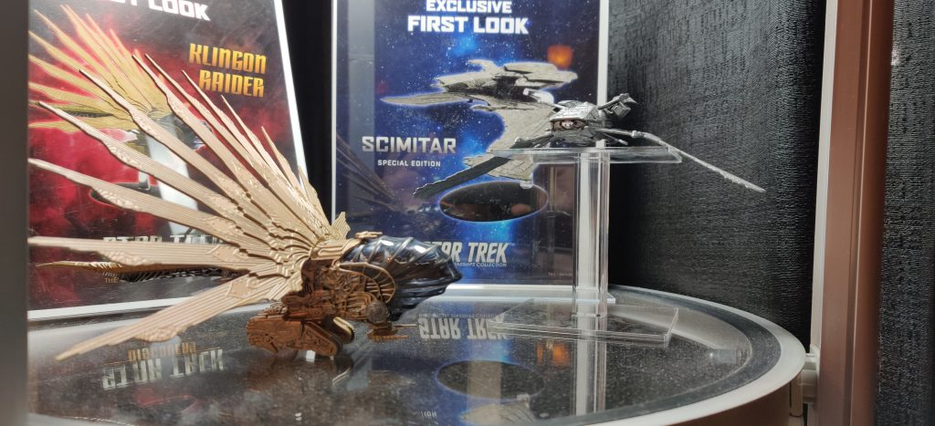 Eaglemoss had the new Klingon Raider from Discovery and the Scimitar from Star Trek: Nemesis on display